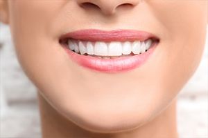 Springfield gum disease therapy Closeup of healthy teeth and gums