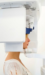 Woman receiving 3D CT scan